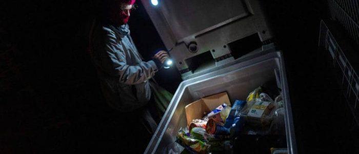تناول الطعام من القمامة جريمة تعاقب ألمانيا عليها