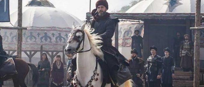 """عمران خان يطلب بث """"قيامة أرطغرل"""" عبر القناة الرسمية الباكستانية"""