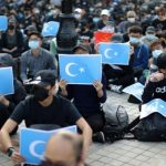 اشتباكات مع شرطة هونج كونج لتفريق مسيرة داعمة للإيغور