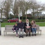 تعرف علي حكاية  السوري محمود وعائلته من لاجئ في فرنسا إلى صاحب مطعم بها