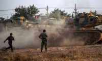 إطلاق صواريخ من سفينة حربية تركية على طرابلس