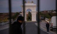 """حركة المعارضة الإيرانية """"مجاهدي خلق"""" التي تحظر الزواج.. ماذا تفعل في ألبانيا؟"""