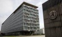 """منظمة الصحة تحذر الدول من أن فيروس كورونا """"يطرق الباب فعليا"""""""