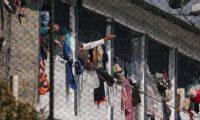 الخوف من كورونا يقتل 23 سجيناً بكولومبيا!