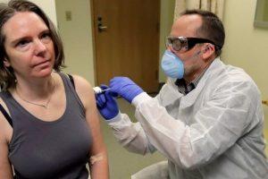 أول متطوعة خضعت لاختبار لقاح فيروس كورونا تتحدث عن تجربتها