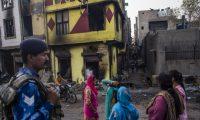 """المسلمون في الهند: """"إذا لم يقتلنا كورونا فسنموت جوعاً وظلماً"""""""
