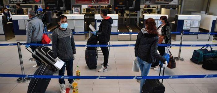 الجارديان: على بريطانيا ألا تتنكر لتضحيات المهاجرين وسط أزمة كورونا