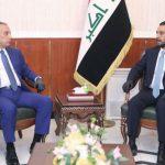 من هو الكاظمي الذي توافق عليه الجميع في العراق، وهل تكون حكومته هي الحل؟