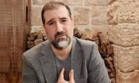 بلومبيرج: رامي مخلوف أصبح رجل الماضي