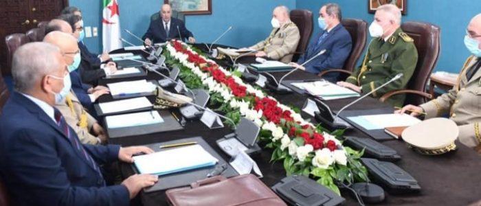 الرئيس الجزائري يرأس اجتماعا للمجلس الأعلى للأمن