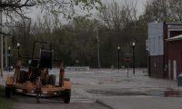 انهيار سدود نهرية وسط ميشيجان
