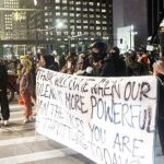 """انقسام بين المتظاهرين حول أعمال العنف في ظل """"الفوضى"""" التي تعم مينيابوليس"""