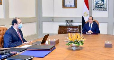 السيسى يستعرض مع رئيس المخابرات العامة تطورات الأزمة الليبية
