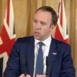 """وزير الصحة البريطانى بعد كسر التباعد الاجتماعى فى """"العموم"""": أنا مجرد إنسان"""