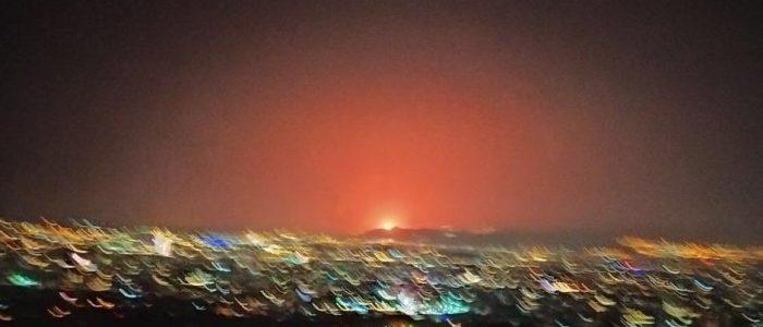 انفجارات قوية تهز إيران والمواطنون يهرعون إلى الشوارع.. هل نفذها قراصنة إسرائيليون؟