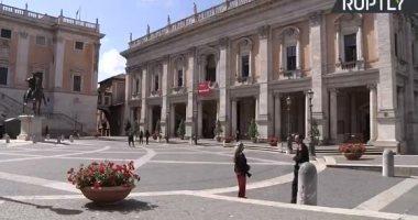 إيطاليا تحظر دخول مسافرين من 13 دولة بسبب إصابات كورونا