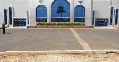 إعادة فتح مطار الخرطوم جزئيا أمام الرحلات الدولية