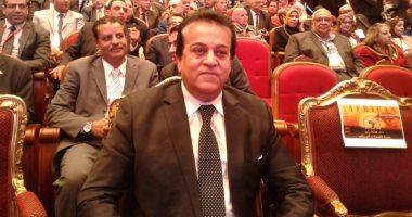 وزير التعليم العالى: نطور 4 لقاحات و3 أدوية لعلاج كورونا 