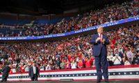 """هل سيعيد الأمريكيون سيناريو 2016 فيصوتوا لـ""""الظاهرة الترامبية""""؟"""
