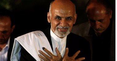 رئيس أفغانستان يؤكد السلام مع طالبان لا يعنى اتفاقا لتقاسم السلطة