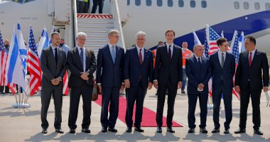أول رحلة طيران تغادر إسرائيل للإمارات على متنها وفد أمريكى ـ إسرائيلي