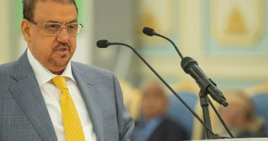 رئيس النواب اليمنى يشدد على اتخاذ خطوات جادة لتحقيق السلام بالبلاد