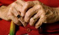 شاب فرنسى يغتصب عجوزا هولندية تبلغ 98 عاما
