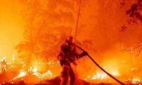 حريق تنومة.. الدفاع المدنى السعودى يواصل إخماد حرائق جبل غلامه شمال عسير